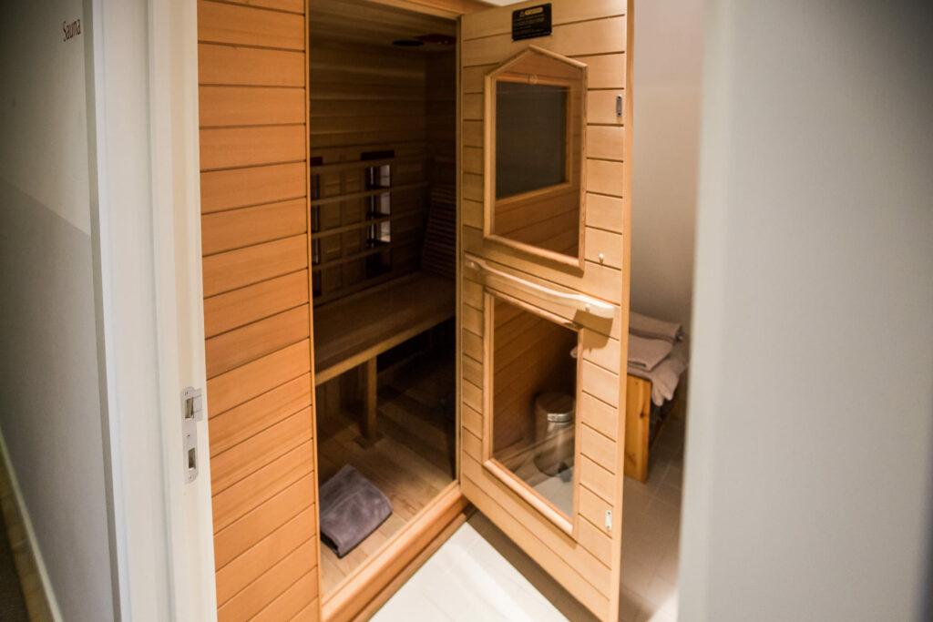 Kasteelhoeve Wange sauna infrarood faciliteiten Landen rust familie & vrienden B&B hotel