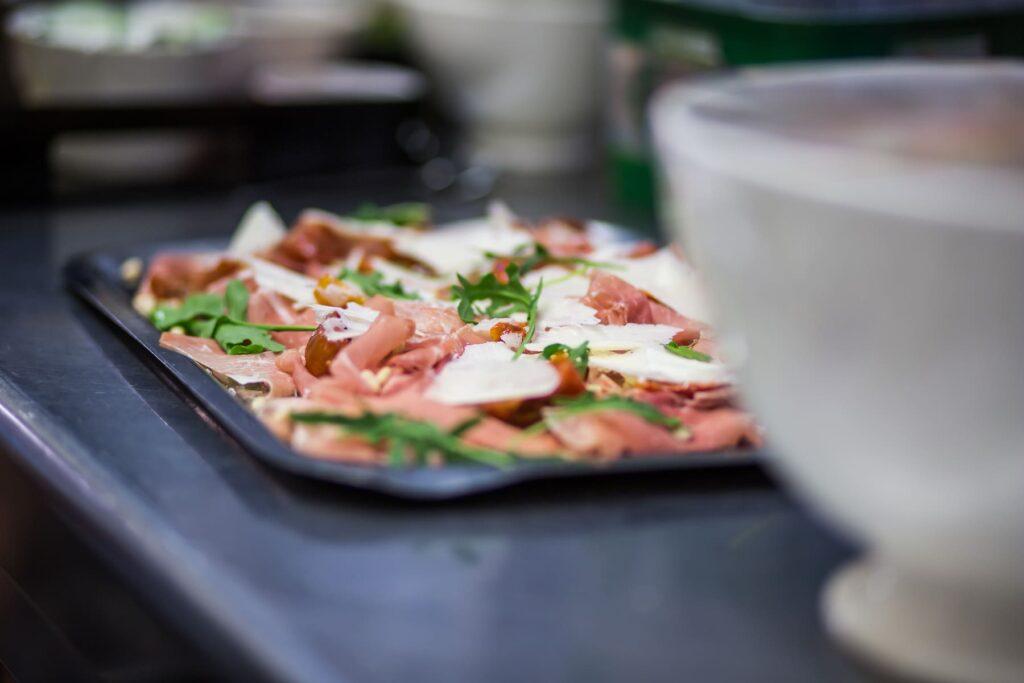 Kasteelhoeve Wange faciliteiten carpaccio eten & drinken keuken