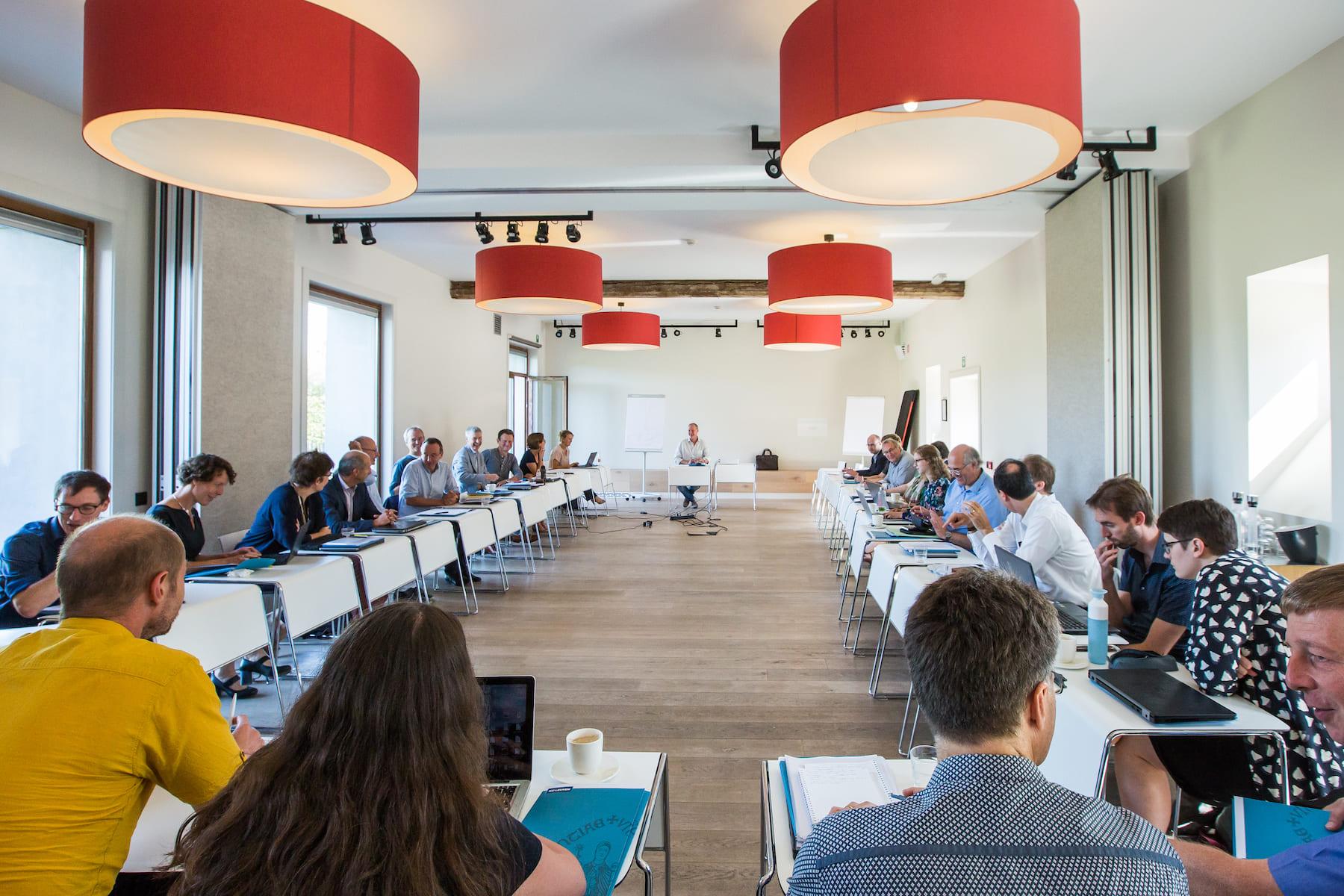 Kasteelhoeve Wange bedrijven & organisaties vergaderen vergaderruimtes teambuilding afhuren indoor zalen meetings